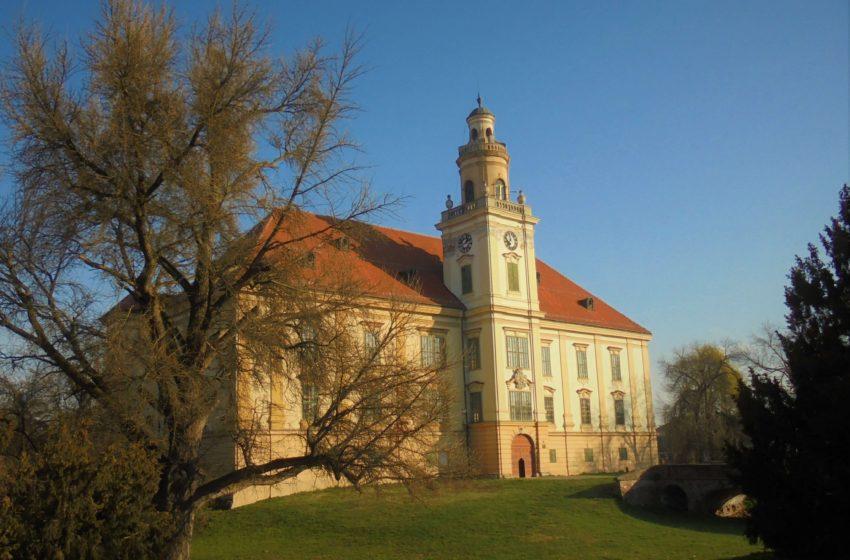 Muzej Valpovštine u dvorcu Prandau-Normann